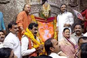 चुनाव हमारे लिए चुनौती नहीं अवसर हैं: राकेश सिंह