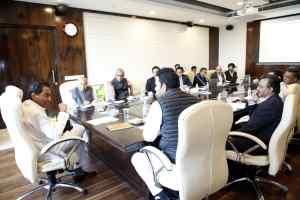 मुख्यमंत्री कमल नाथ ने जय किसान फसल ऋण माफी योजना की प्रगति की समीक्षा की