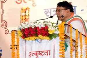 पत्रकारिता विश्वविद्यालय द्वारा पाठ्यक्रमों के उन्नयन के प्रयास सराहनीय: मंत्री शर्मा