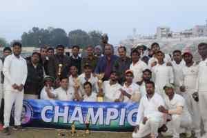 12वीं तनमन ट्राॅफी क्रिकेट टूर्नामेंट के सीनियर जूनियर फाईनल मुकाबले