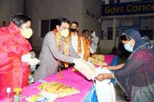 प्रदेश अध्यक्ष शर्मा ने सैकड़ों जरूरतमंदों को बांटी खाद्य सामग्री