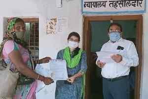 वन अधिकार पट्टे को लेकर आदिवासी हिंदू संगठन  ने  तहसीलदार को दिया ज्ञापन